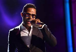 Maxwell is Coming with Sumthin' Sumthin' for Columbia ...  Maxwell