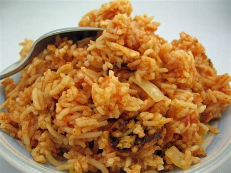 rice cooker recipes rice cooker mexican rice recipe garlic spanish and chili powder