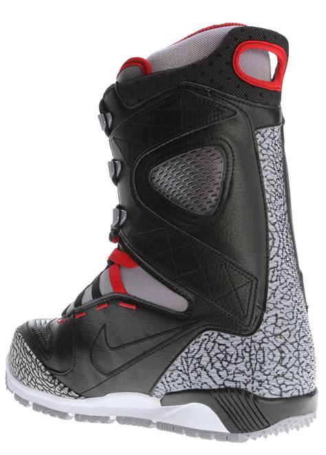 Nike Kaiju Snowboard Boots