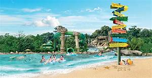 Adventure Cove: Make a Giant Splash - Travel in Singapore