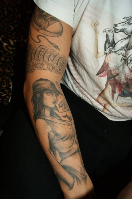 oldscool ganzer arm teil  tattoos von tattoo