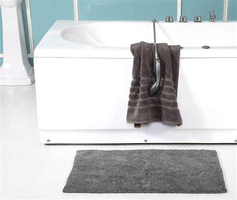 Modern Bathroom Rugs by Chevron 100 Cotton Modern Bath Mat Luxury Shower Mats