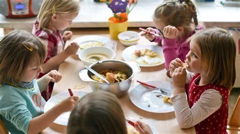 Schock Für Kinder Und Erzieher Verdorbenes Essen Bringt
