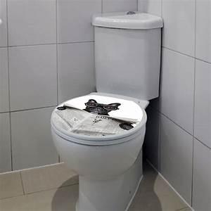 Sticker abattant toilette chien avec un journal et des for Carrelage adhesif salle de bain avec les lunettes led
