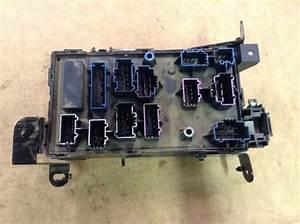 05 2005 Ford F250 F350 5 4l 6 0l Interior Cabin Fuse Box
