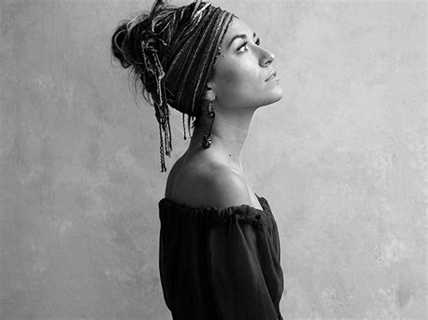 Lauren Daigle On Amazon Music