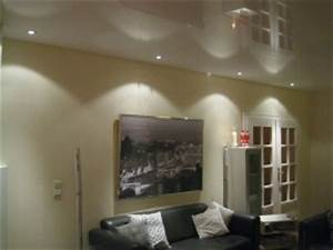 Decke Abhängen Beleuchtung : decke abh ngen aber richtig spanndecken mettner ~ Markanthonyermac.com Haus und Dekorationen