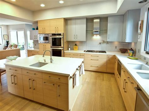Modern Gourmet Kitchen With Prep Sink And Large Island