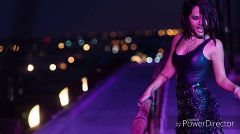 Becky G- Mayores Ft Bad Bunny (lyrics)