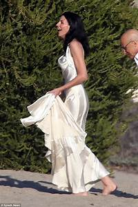 pictures liberty ross recycles her wedding dress for the With ross wedding dress