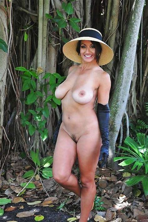 Hotties Wearing Hats Page Freeones Board The Free
