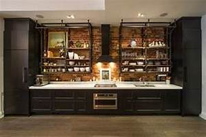Industrial kitchen design creates a great loft-style