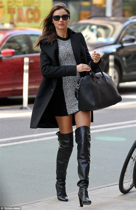 28 Trendy Winter Outfit Ideas with Boots - Sortra
