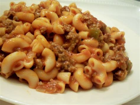 easy beef macaroni recipe foodcom