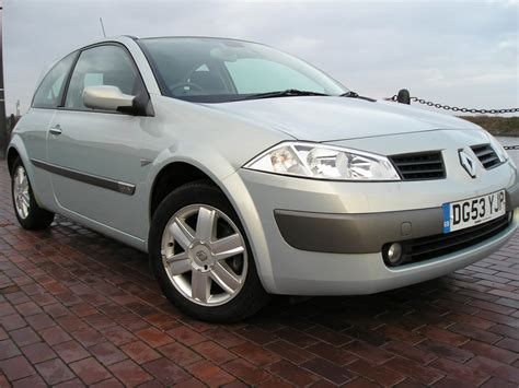 renault megane 1 6 dynamique 16v 3dr manual for sale in ellesmere port davies car sales