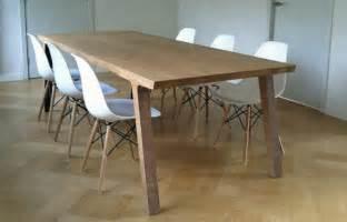stã hle skandinavisches design weiße möbel komplexität in schlichtheit verpackt