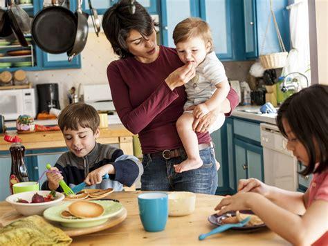 6 Ways To Thrive As A Single Stayathome Mom