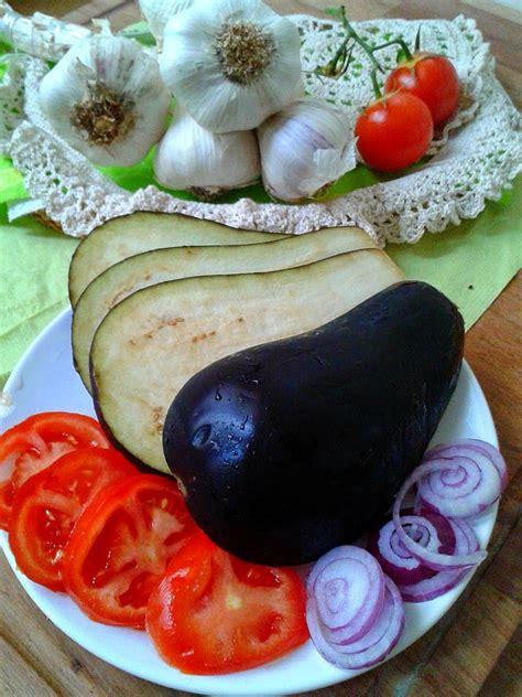 comment cuisiner des aubergines au four comment cuisiner les aubergines anavella