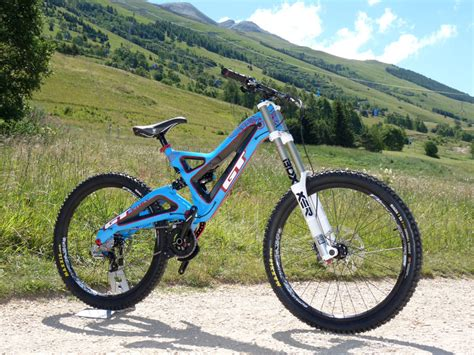 GT Fury Downhill Mountain Bike