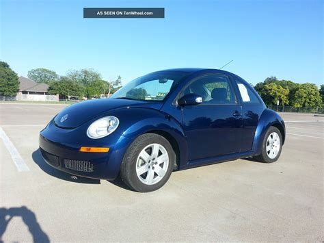 volkswagen beetle   hatchback  door   automatic