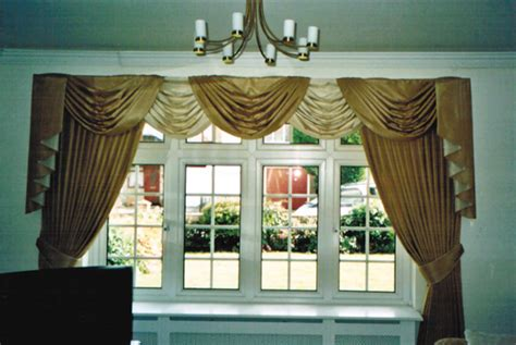 How To Make Swags And Tails Curtains by Pelmets Swags Amp Tails Superb Window Furnishings