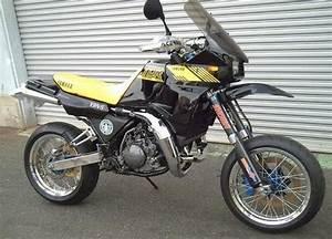 Yamaha Tdr 250 : yamaha tdr 250 150kg 44bhp mono 2 stroke moto pinterest diff 39 rent strokes ~ Medecine-chirurgie-esthetiques.com Avis de Voitures