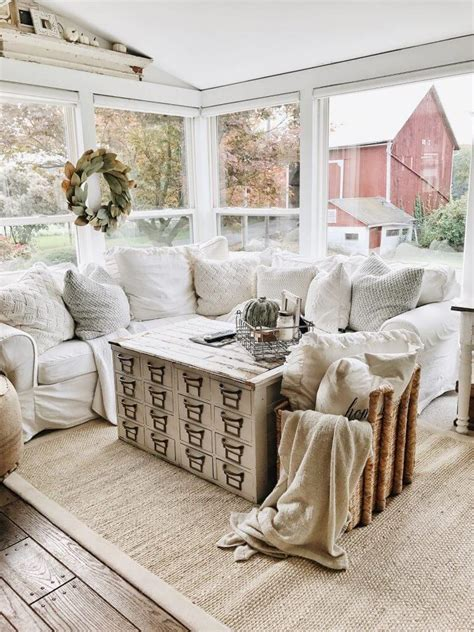 farmhouse living room 35 best farmhouse living room decor ideas and designs for 2017