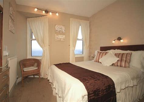 Room 11, Double, En-suite, Sea-view. 3rd Floor