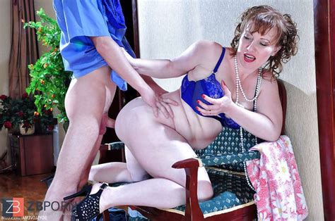 Russian Mother Flo In Blue Swimsuit Zb Porn