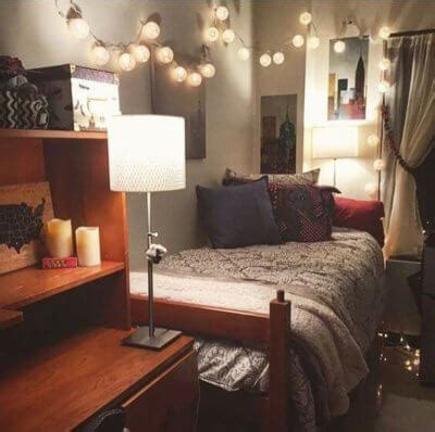 Decorating your dorm room is the funniest part of another way of making your walls look instantly better is by creating a wall collage with your favorite. 21 Borderline Genius Ways to Make Your Dorm Room Calm AF - College Magazine