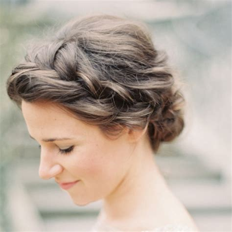 wedding hairstyle we a braided side
