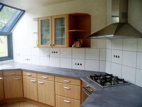 modele credence cuisine faience de cuisine carrelage cuisine 15x15 mainzu