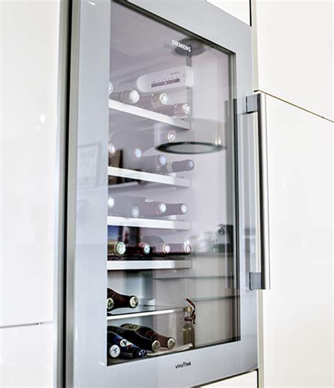 cave a vin colonne meubles cuisine quelle armoire pour votre 233 lectrom 233 nager mobalpa