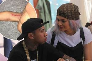 Kylie Jenner shows off new tattoo 'M' tribute to boyfriend ...
