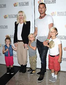 Gwen Stefani and Family at Pediatric AIDS Benefit | Photos ...