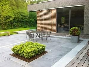 amenagement terrasse en pierre bois briques ou beton With photo amenagement terrasse exterieur