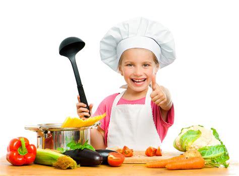 cuisiner avec les enfants enfants et parents en cuisineoreille culinaire fr