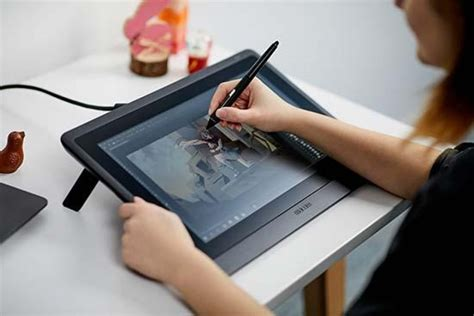 wacom cintiq drawing photographyblog