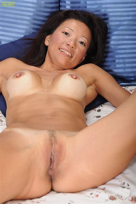 Asian Milf Natsuko Kurosawa Pleasure Her Slit Milf Fox