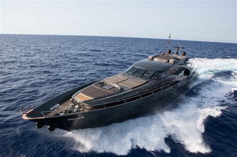 luxury yacht palmer johnson   yachtibiza