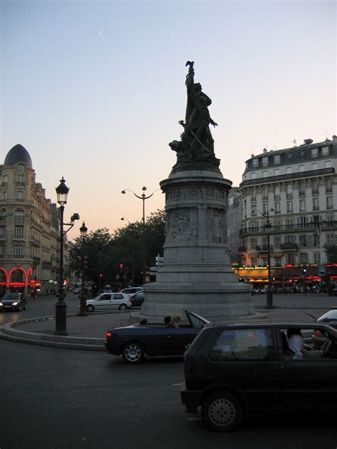file place de clichy jpg wikimedia commons