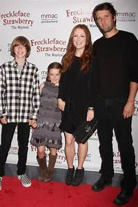 Julianne Moore and Family Hi-Res Photo - Photo Coverage ...