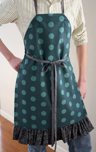 simple apron tutorial skip   lou