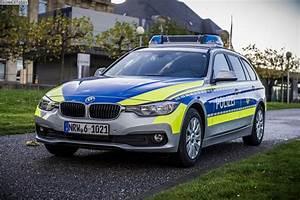 BMW 3er Touring für die Polizei NRW: Mehr Bilder vom 318d F31