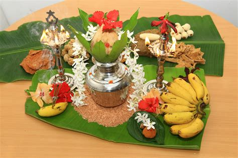 The varushapirapu is the tamil new year, it is a time for celebrating new and prosperous beginnings. Welcoming the New Year (Avurudu) in Sri Lanka