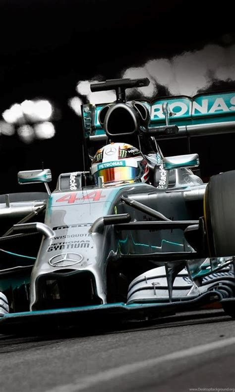Download now this gorgeous desktop wallpaper in hd. Mercedes F1 Wallpapers Iphone Super Cool Car Wallpapers Desktop Background