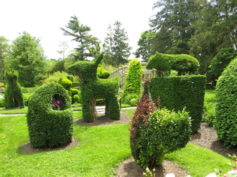 green animals topiary garden ridinkulous libert 233 egalit 233 frugalit 233