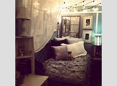 Cozy Small Bedroom Design Decoration