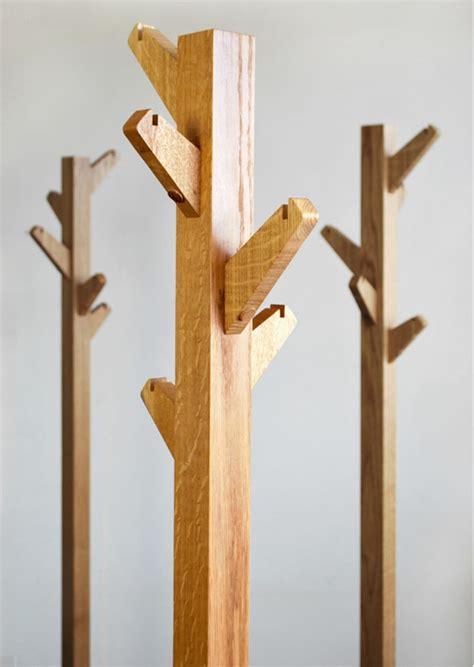 Kleiderständer Holz Design by Kleiderst 228 Nder Aus Holz Design Bvrao