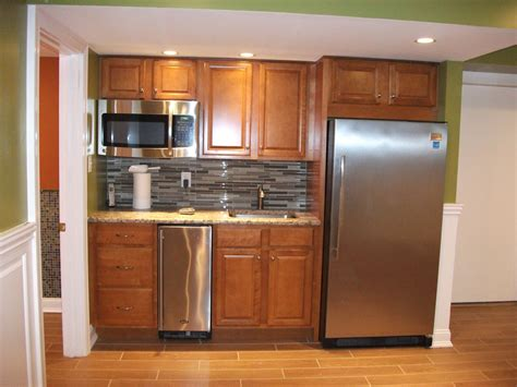 Basement Bar Refrigerator by Basement Kitchenette Fabulous Family Room And Bar